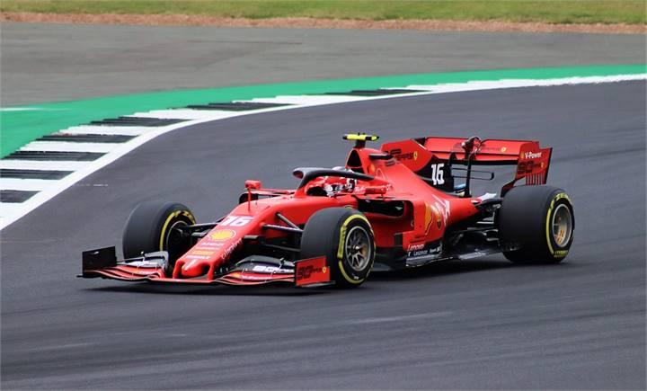 Delirio rosso a Monza, Leclerc primo davanti al pubblico